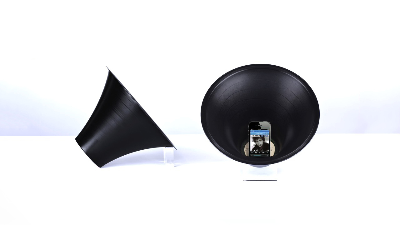 Paul Cocksedge's Change the Record Smartphone Loudspeaker
