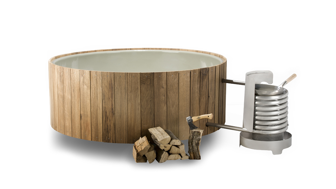 Enjoy Winter with the Dutchtub Wood from Weltevree
