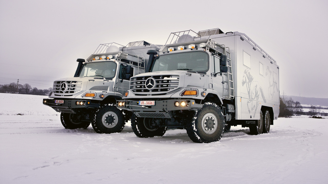 Mercedes-Benz Zetros 2733 in Operation as a Luxurious Expedition Vehicle