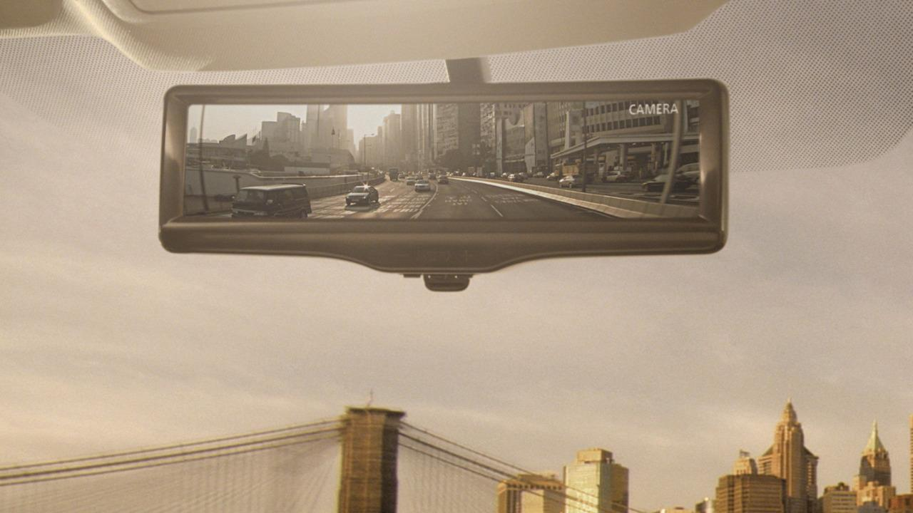 Nissan Motors Develops Smart Rearview Mirror