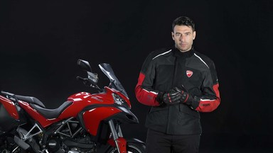Ducati Multistrada D-Air Motorcycle Wirelessly Integrates With Airbag Riding Jackets