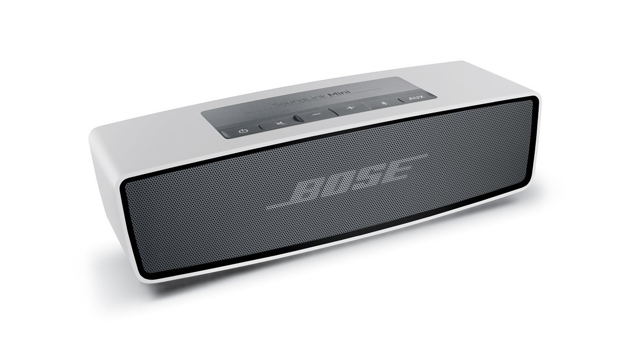 desire this bose soundlink mini bluetooth speaker. Black Bedroom Furniture Sets. Home Design Ideas