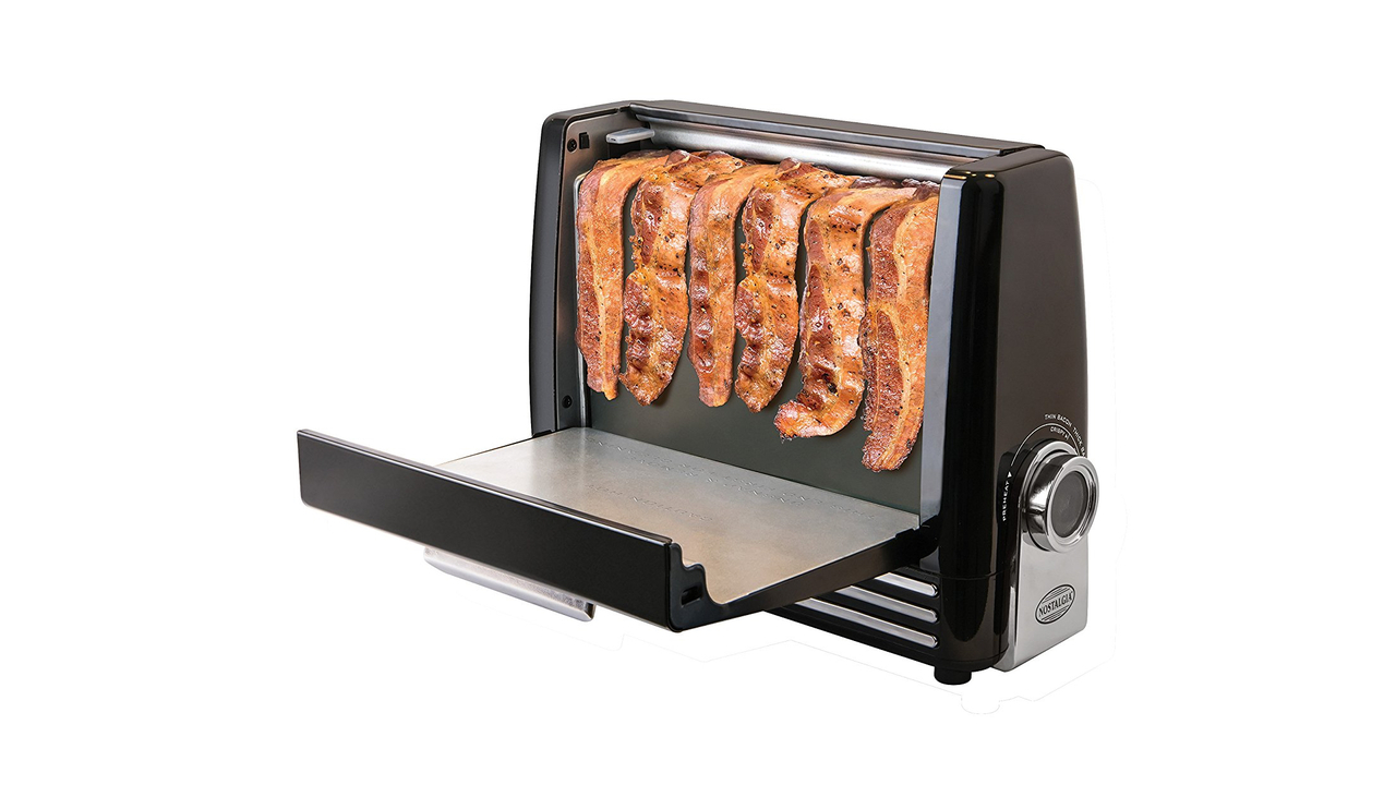 A Healthier Way To Cook Bacon with the Nostalgia Bacon Express