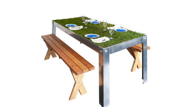 PicNYC Picnic Table